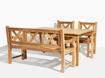 Classic trädgårdsset i teak. Hos scanteak finns endast möbler tillverkade i kärnteak utan tillsatta kemikalier, vi planterar ett nytt teakträd / såld produkt.
