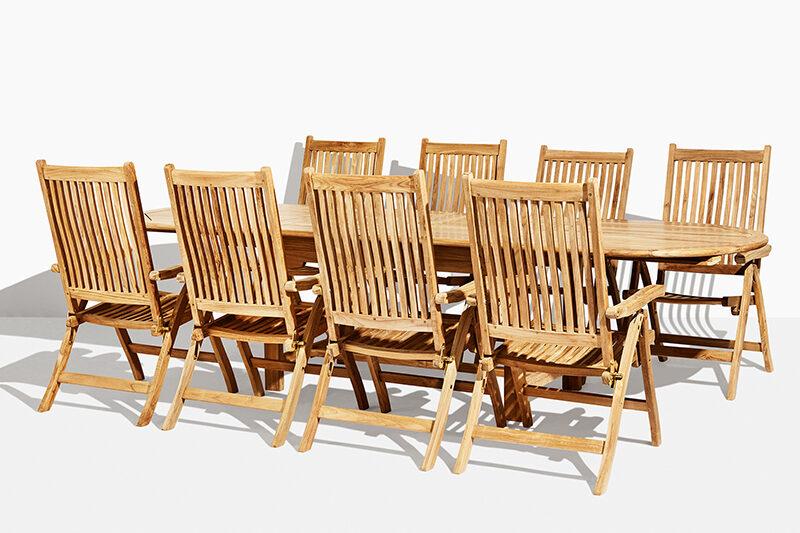 Anine Stora Sara trädgårdsset i teak. Hos scanteak finns endast möbler tillverkade i kärnteak utan tillsatta kemikalier, vi planterar ett nytt teakträd / såld produkt.