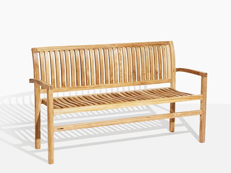 Oskar Bänk Teak Trädgårdsbänk. Hos scanteak finns endast möbler tillverkade i kärnteak utan tillsatta kemikalier, vi planterar ett nytt teakträd / såld produkt.