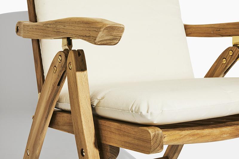Dyna till positionsstol. Hos scanteak finns endast möbler tillverkade i kärnteak utan tillsatta kemikalier, vi planterar ett nytt teakträd / såld produkt.